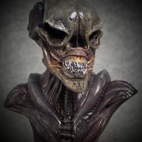 Alien Love bust 2